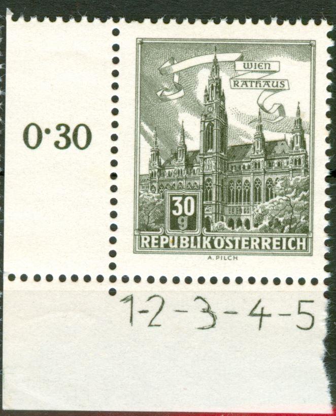 Besonderheiten der Philatelie - Seite 7 At_1957_bauten_30g_kreuzperf_00